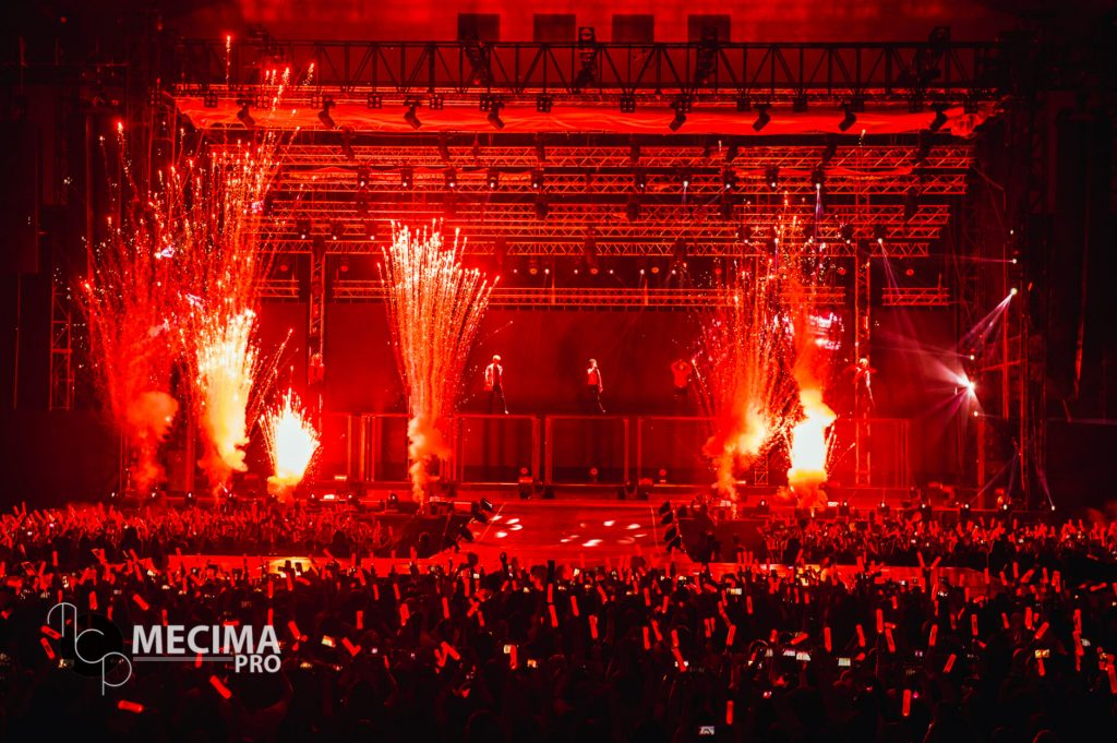 iKONCERT 2016: Showtime Tour in JAKARTA